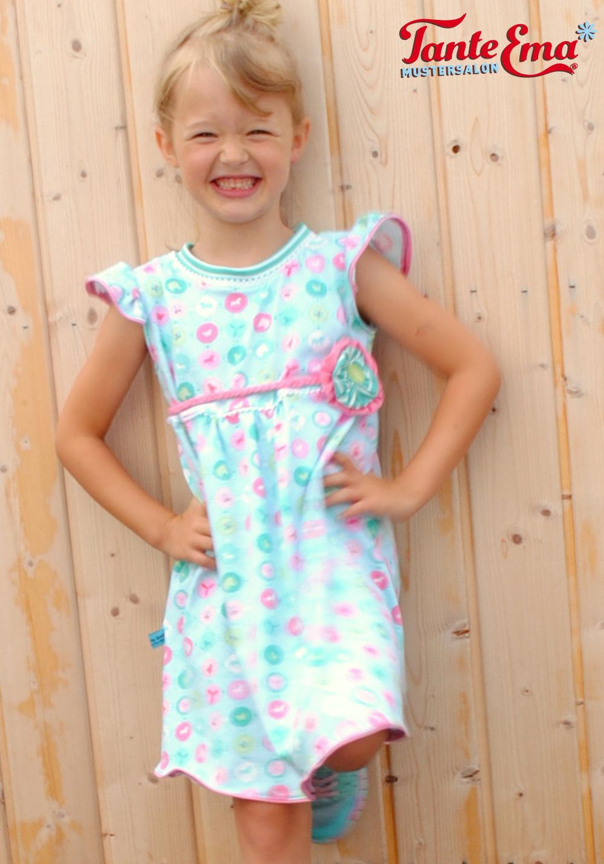 Probenähen für Tante Ema® Kinderkleid mit Flügelärmel